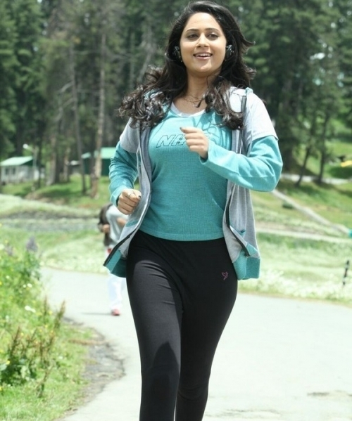 Miya Actress in Salaam Kashmir
