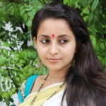 Bhama latest hot photos in saree (3)