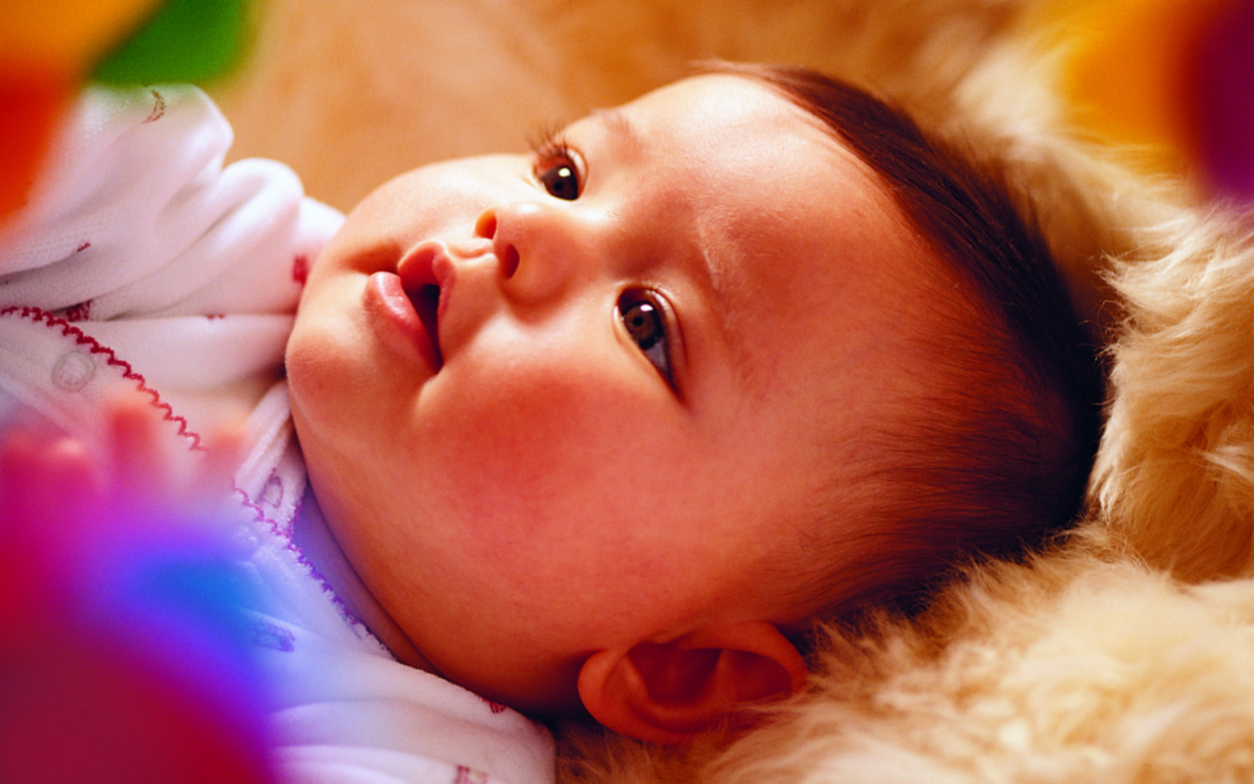Free_Wallpaper__Includes_a_Cute_and_Beautiful_Baby_Cant_Help_Looking_at_Him_Long
