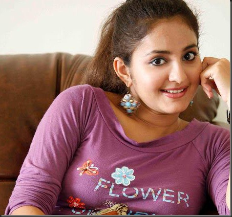bhama_natural_look_thumb[1]