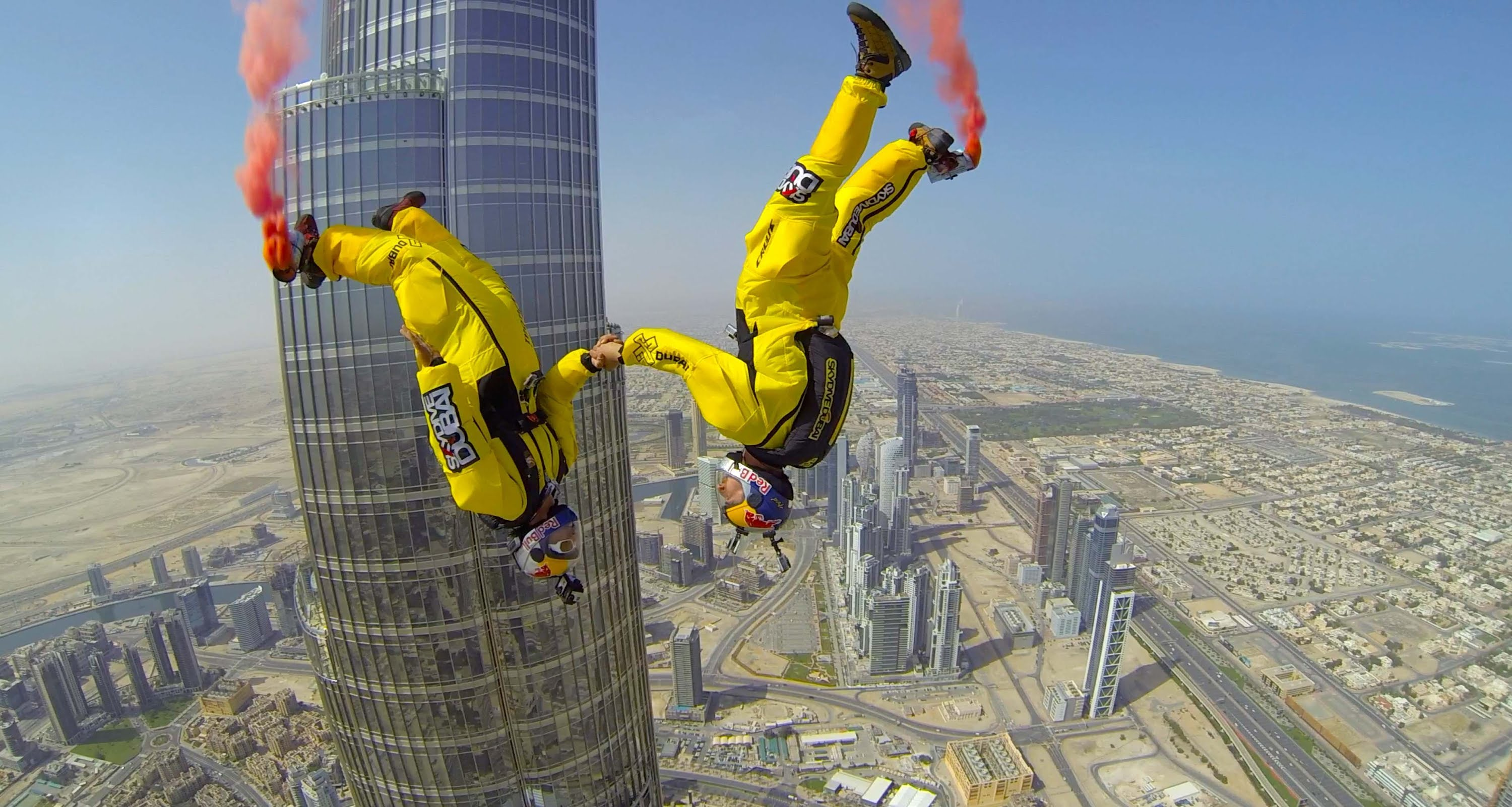 See What It Feels Like To Jump Off The Tallest Building In The World… The Burj Khalifa