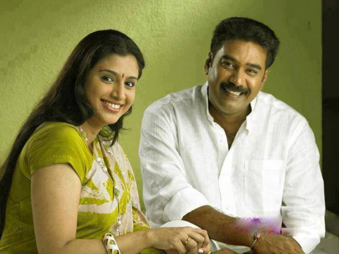 Samyuktha Varma Family Photos Biju Menon Family